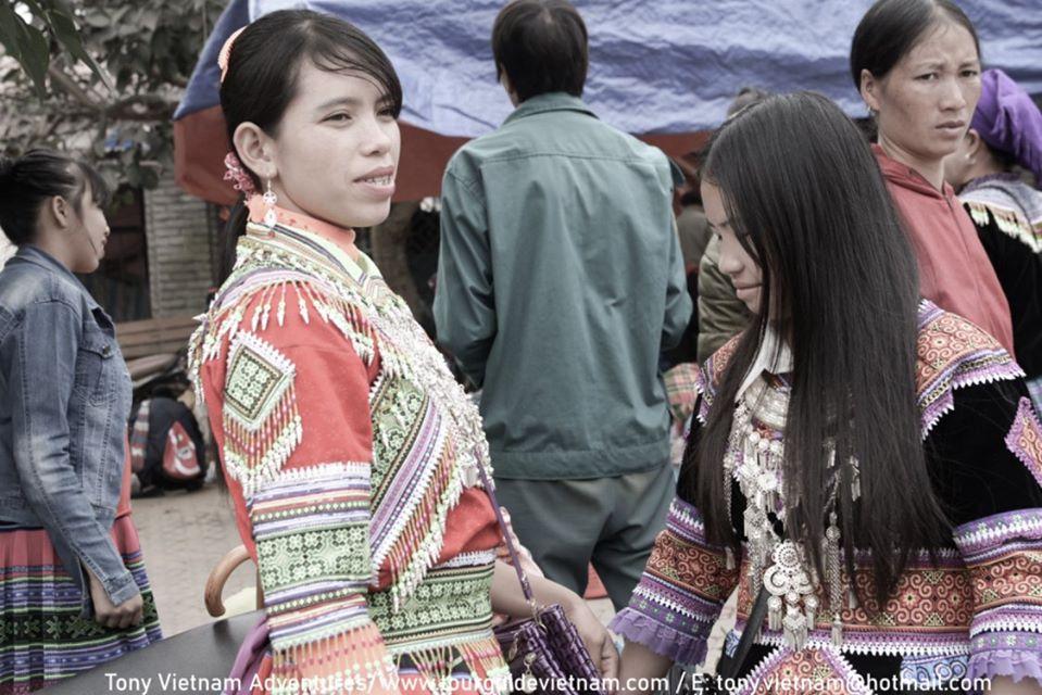 Bacha4 Bac Ha Market Guide on Sunday