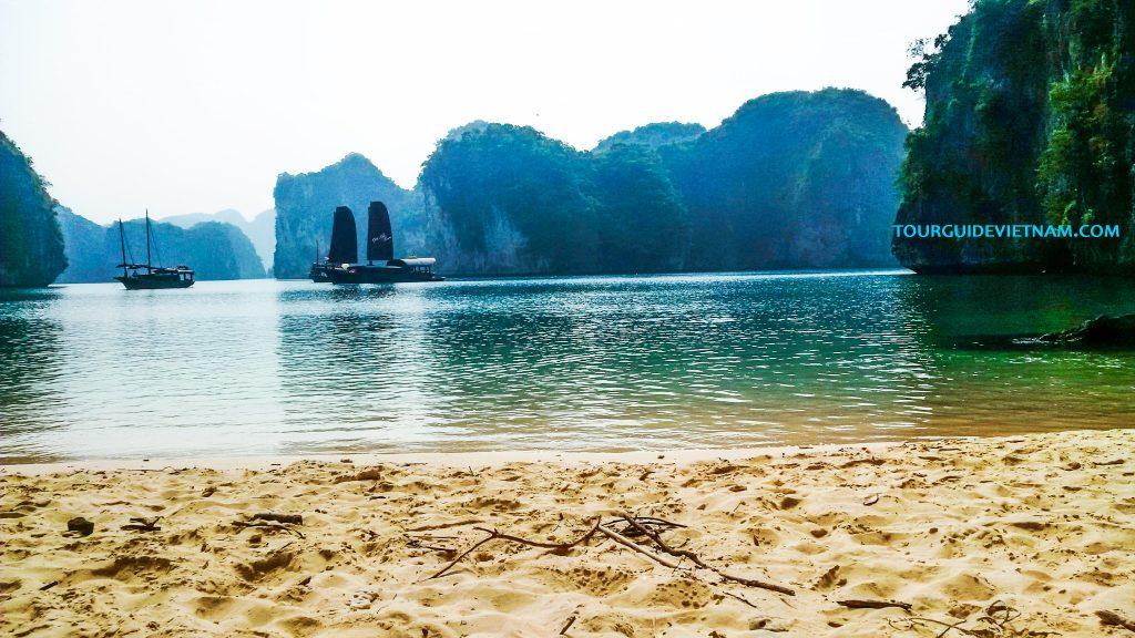 Lan Ha Bay halong cat ba 1024x576 5 day tour around North Vietnam Off the beaten track
