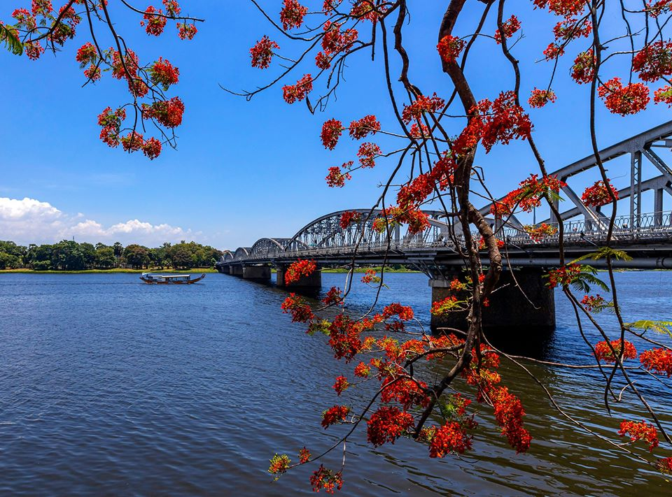Perfume river Central Vietnam Guide You need to Know