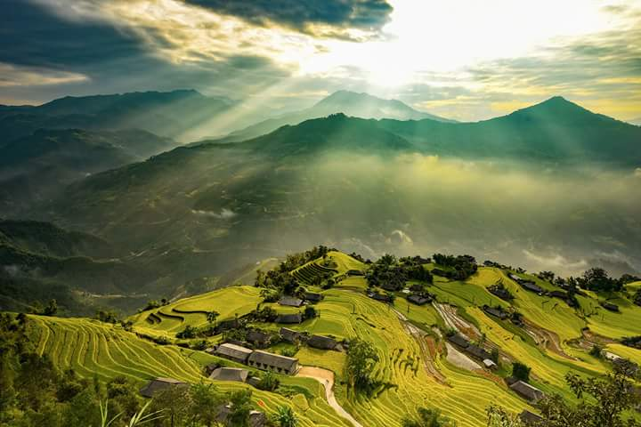 Beautuiful vietnam trip by car Vietnam road trip by car from Hanoi to Ho Chi Minh