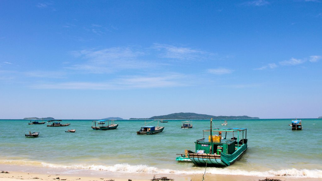 Coto island 1 Day Trips from Hanoi